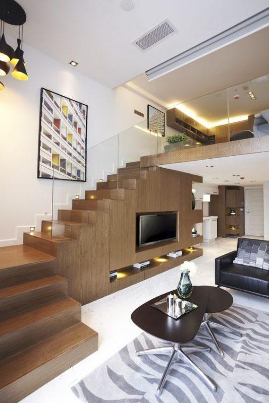 kệ tivi dưới gầm thang đơn giản