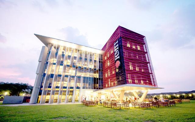 trường đại học rmit với kiến trúc hiện đại sang chảnh