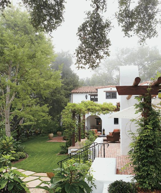 Thiết kế nhà vườn phong cách Địa Trung Hải