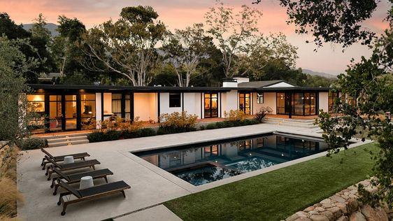 Thiết kế nhà vườn hiện đại có hồ bơi
