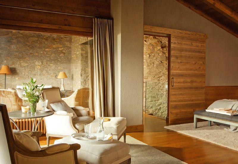Thiết kế nội thất phòng ngủ ấm áp