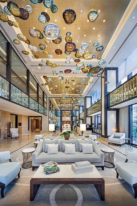 Khách sạn đương đại