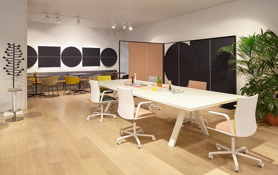 showroom trưng bày nội thất gia đình