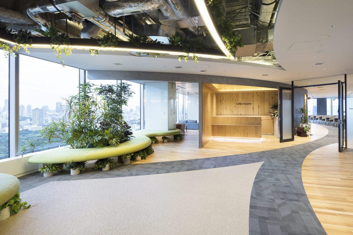 Thiết kế sảnh chính văn phòng theo phong cách eco